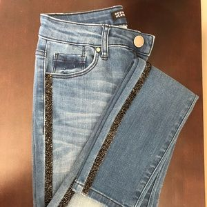 👖 Design Lab Jeans